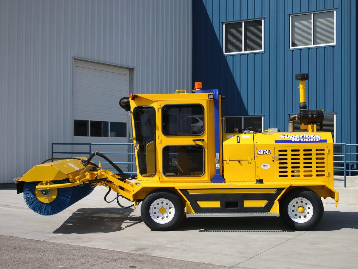 Front Broom Model Sm74 Superior Broom Street Sweepers