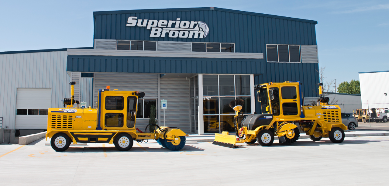 superior broom homepage street commercial sweepers kick broom rh superiorbroom com